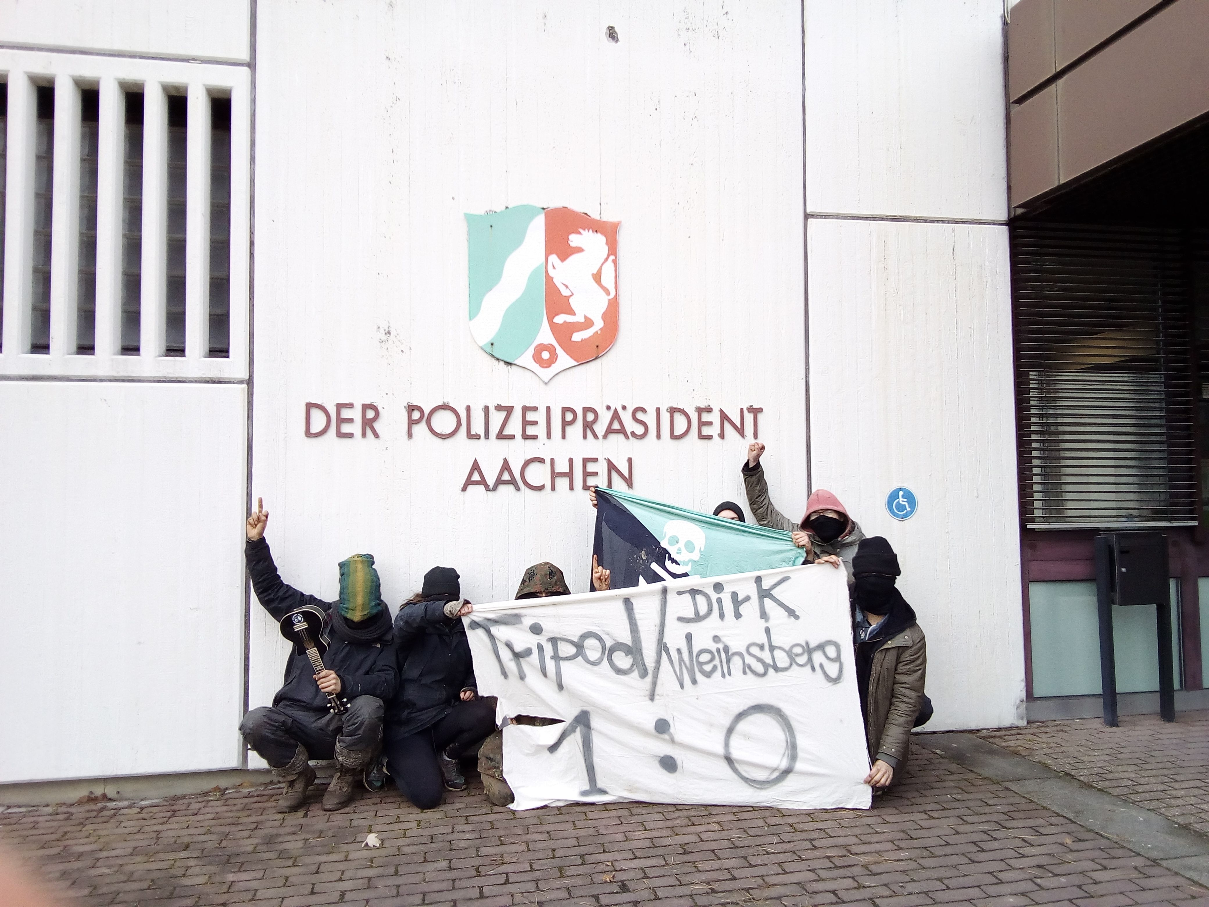 Tripod - Dirk Weinsberg 1: 0